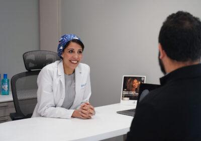 Dentist with Patient- FOT00161