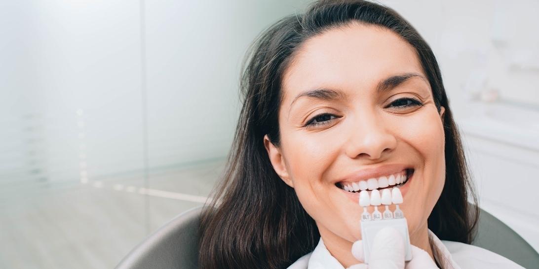 dental veneers beautiful smile - blossom smiles dental